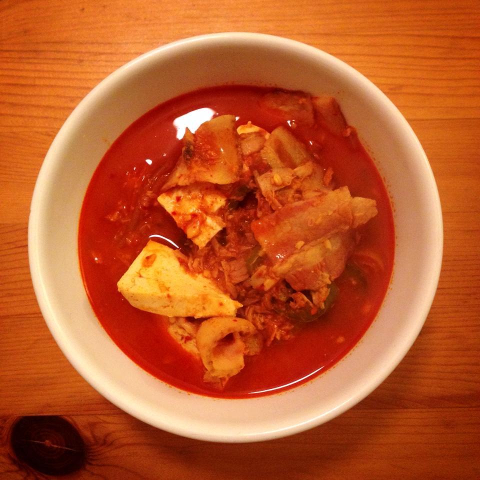 Kimchi Jjigae (김치찌개; Kimchi Stew) Recipe | simple & delectable